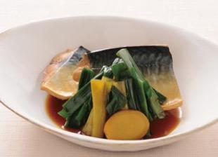 九条ねぎと鯖の煮物